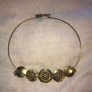 Jewelry - gold circles necklace